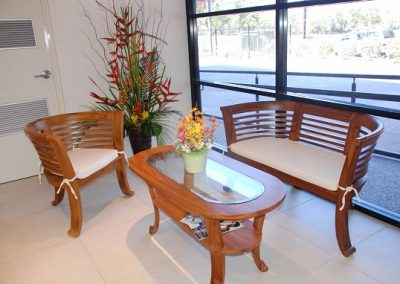 Pasmin seating in Natural stain