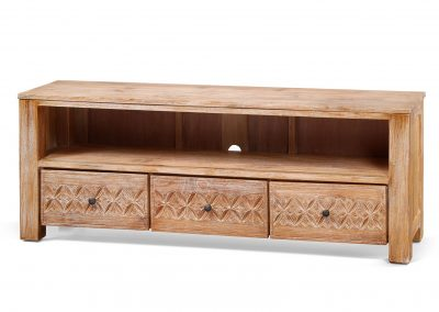 Oracle carved tv unit 160x40x60cm in white wash