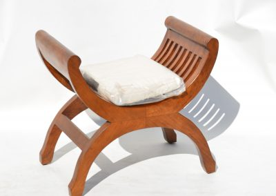 Kartini single stool