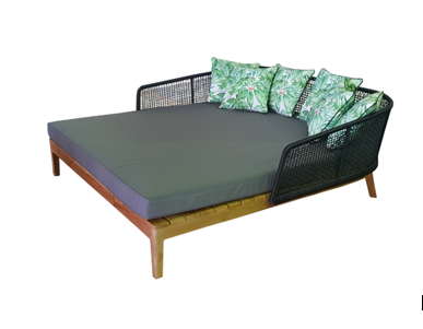 Cicada daybed outdoor lounge 162x 174cm